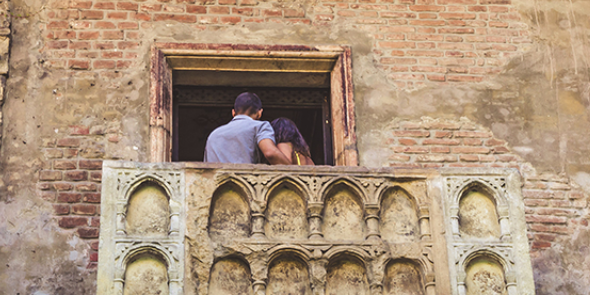 Two quarantined actors performed Romeo and Juliet from their balconies to help lift the spirits of their socially distanced neighbors